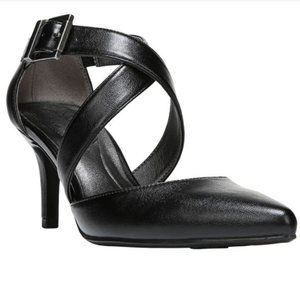 Life Stride Flex See This Black Strappy Heels
